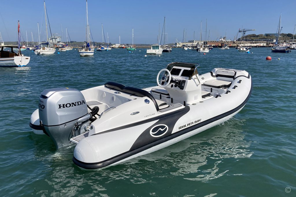 Walker Bay Venture 16 with 5 Seat Console
